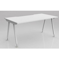 Compass Straightline Desk & Workstation